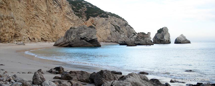 Praia da Ribeira do Cavalo Beach