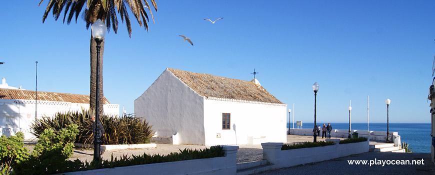 Capela de Santo António na Praia de Armação de Pêra