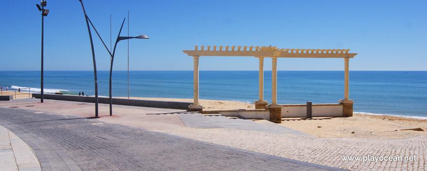 Marginal da Praia de Armação de Pêra