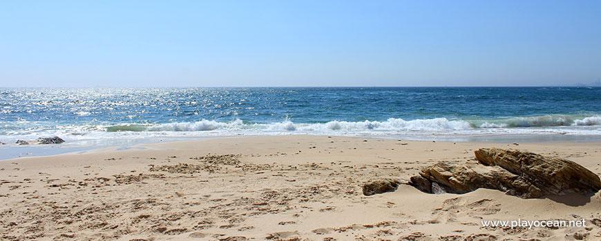 Mar na Praia dos Canudos