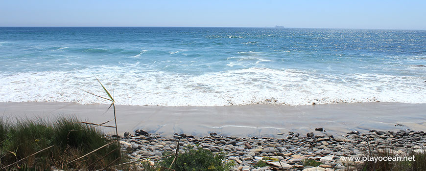 Mar na Praia da Pelengana