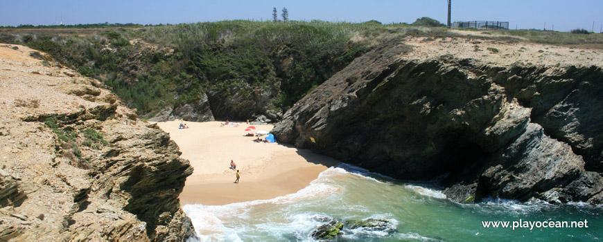 Falésia Praia de Porto Covinho