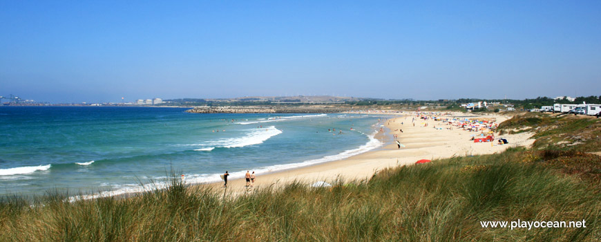 North of Praia de São Torpes Beach