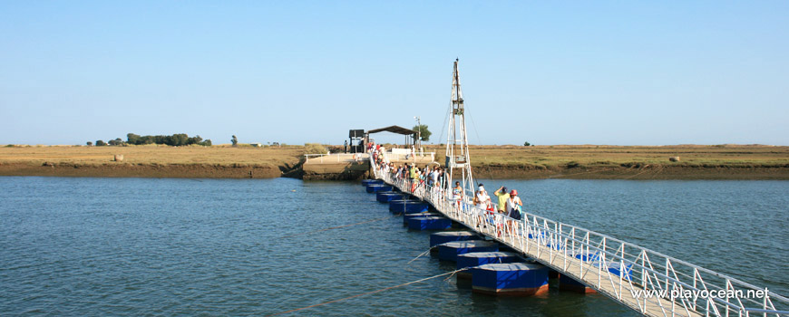 Access bridge to Praia do Barril Beach