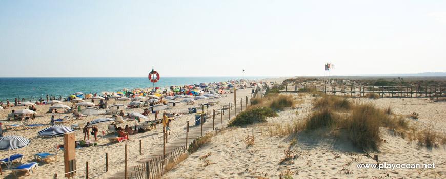 West at Praia do Barril Beach