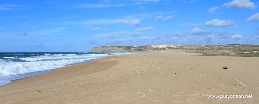 North at Praia da Foz do Sizandro Beach