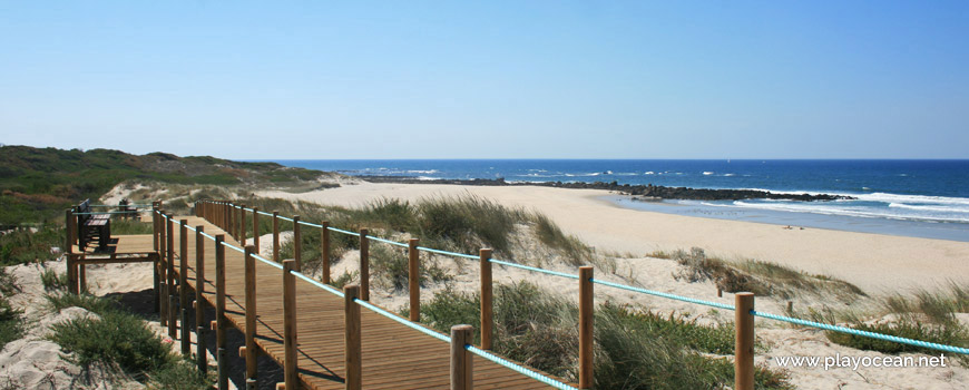 Walkway at Praia da Arda Beach