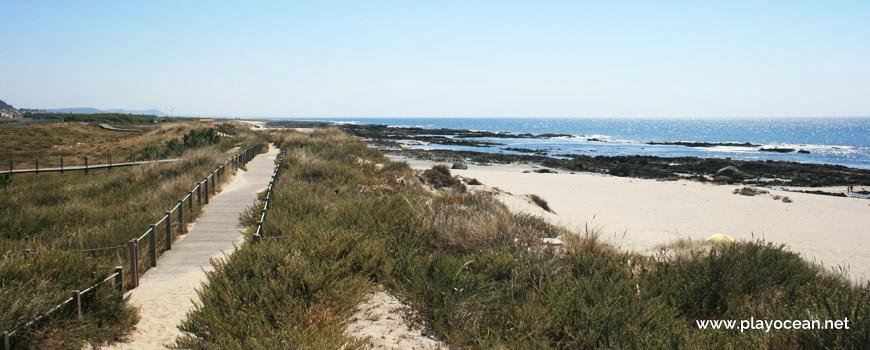 South of Praia de Carreço Beach