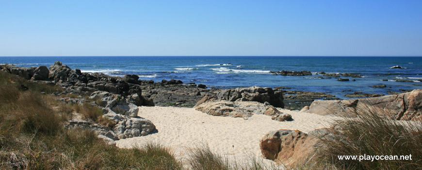 Praia de Fornelos e Promontório de Montedor Beach