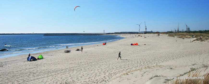 North of Praia de Luzia Mar Beach