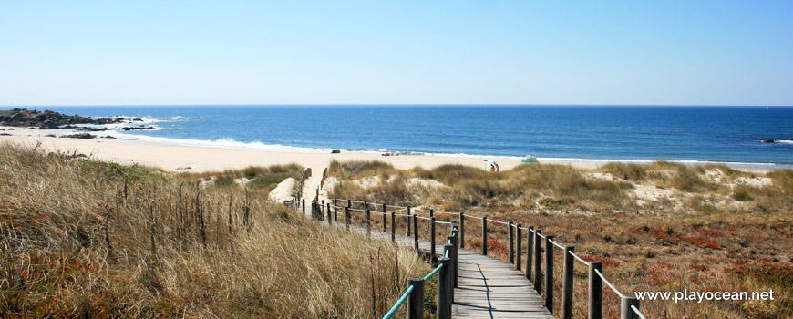 Passadiço na Praia de Paçô