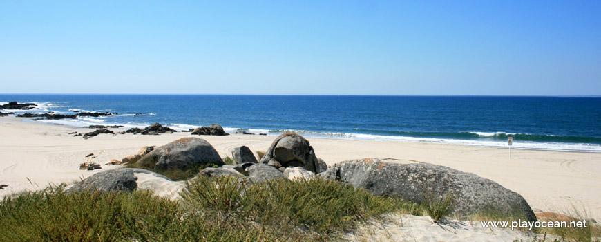 Granito na Praia de Paçô