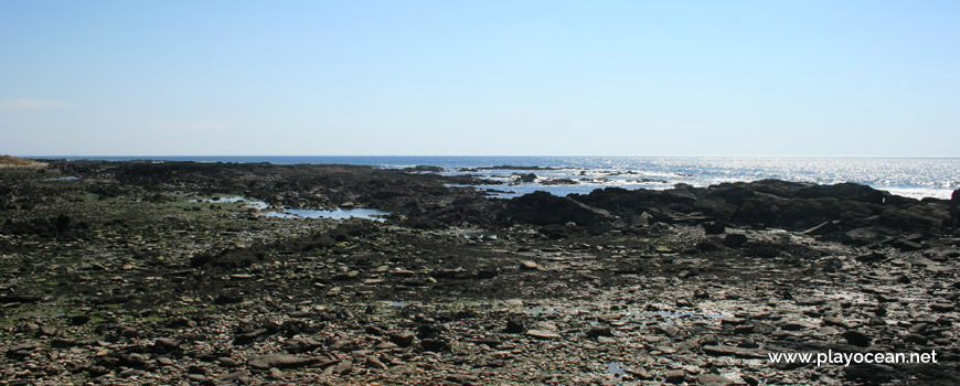 Rochas na Praia do Porto de Vinha
