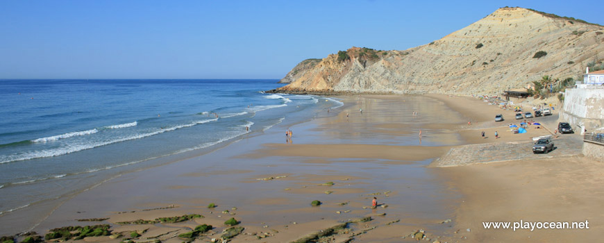 West at Praia do Burgau Beach
