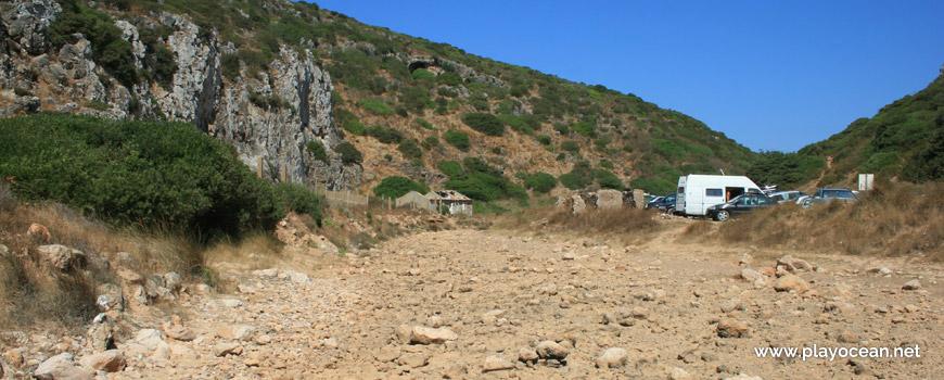 The Vale Pocilgão Stream dry