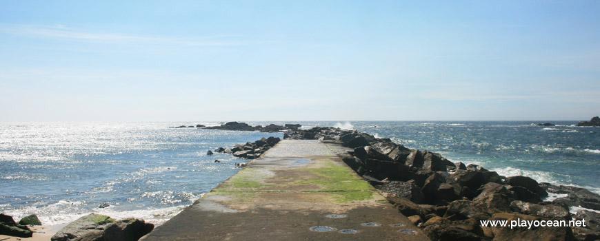 Pier at Praia dos Barcos Beach