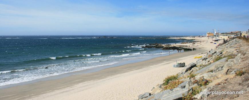 Praia das Caxinas Beach