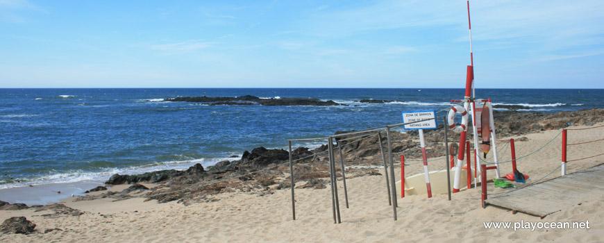 Lifeguard station, Praia da Congreira Beach