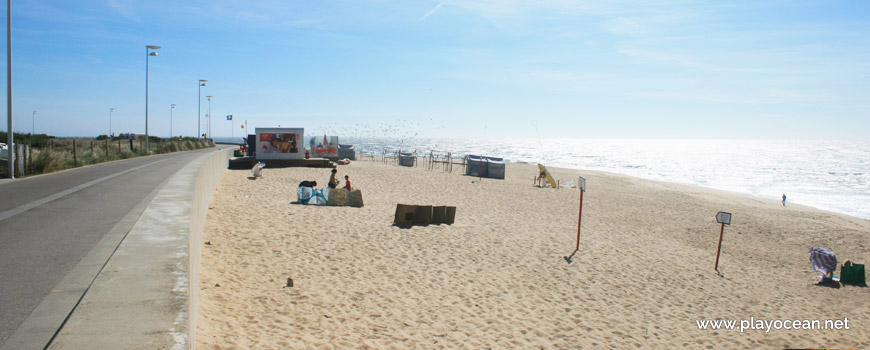 South of Praia da Ladeira Beach
