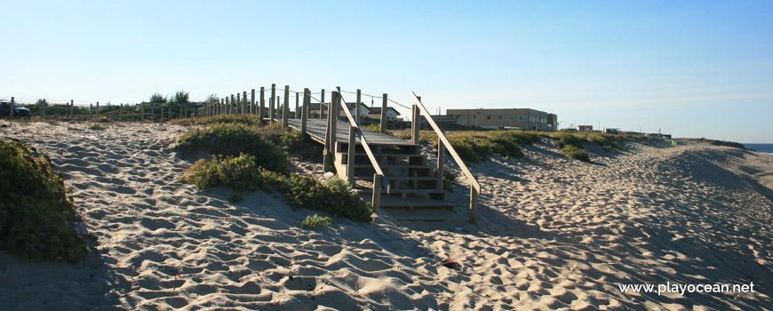 Entrada da Praia de Moreiró (Norte)