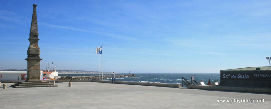 Entrada da Praia da Senhora da Guia