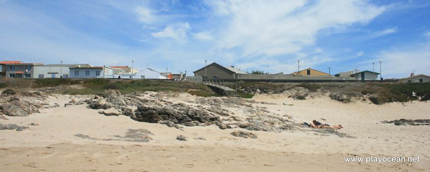 Rochas na Praia da Terra Nova