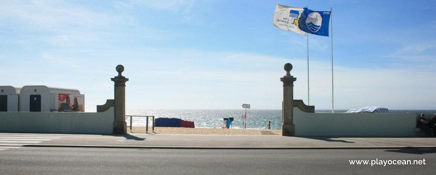Entrada para a Praia do Turismo