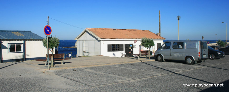 Parking, Praia de Vila Chã Beach