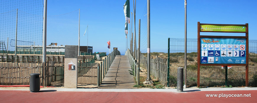 Entrance, Praia da Aguda Beach