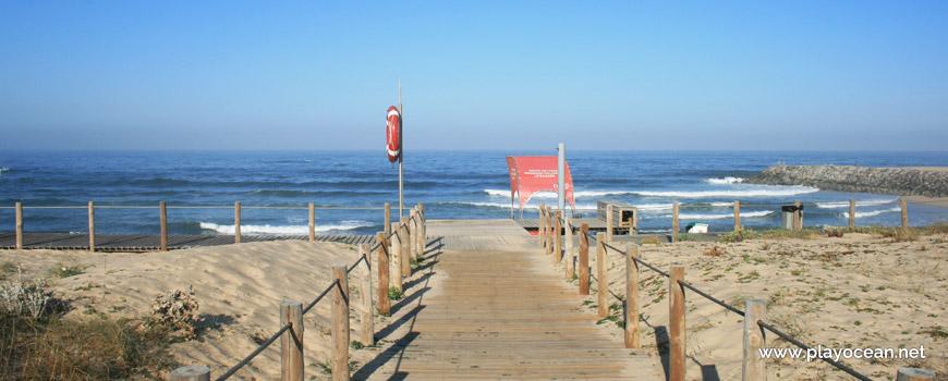 Access to Praia de Canide (South) Beach
