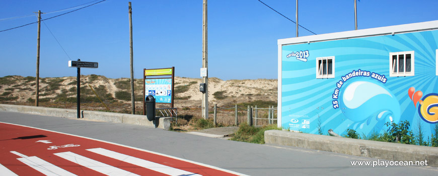 Entrance of Praia de Francemar Beach