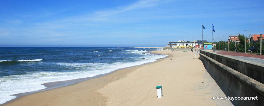 North of Praia da Granja Beach