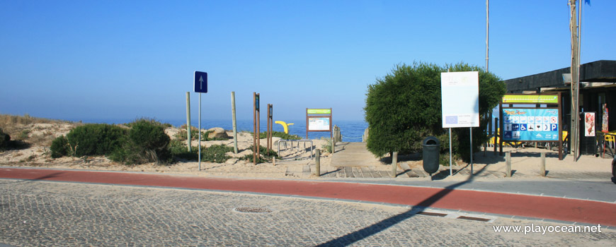 Entrance, Praia da Madalena (North) Beach