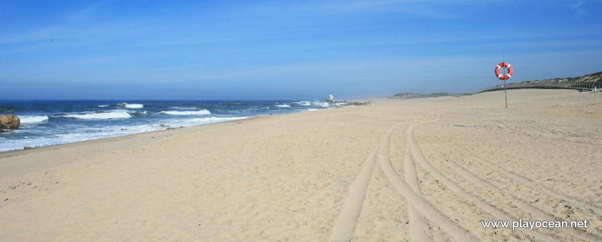 North of Praia de Mar e Sol Beach