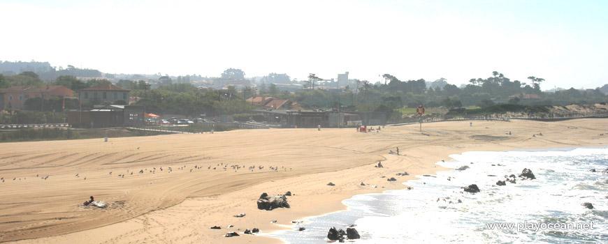 Sand of Praia de Miramar (South) Beach