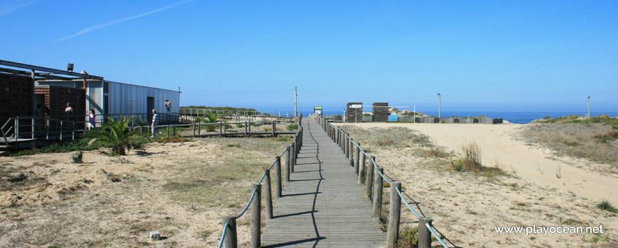 Access to Praia da Sãozinha Beach