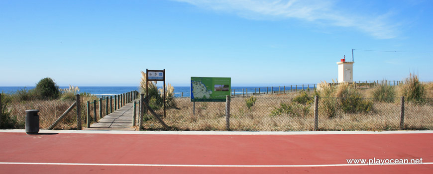 Entrance of Praia da Sétima Arte Beach