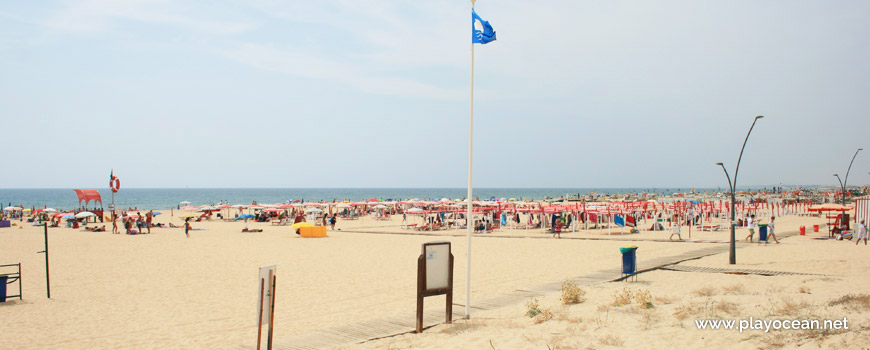 Blue Flag at Praia de Monte Gordo Beach