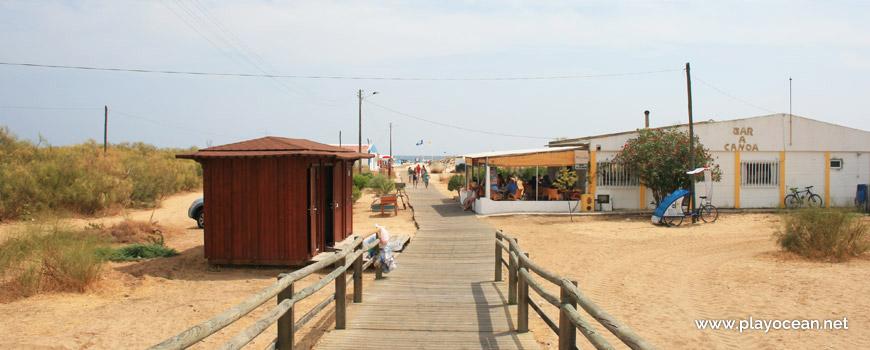 Access to Praia da Lota Beach